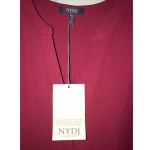 NYDJ Tops - NWT's NYDJ Pleated Back Blouse in Gooseberry